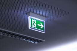 oświetlenie ewakuacyjne